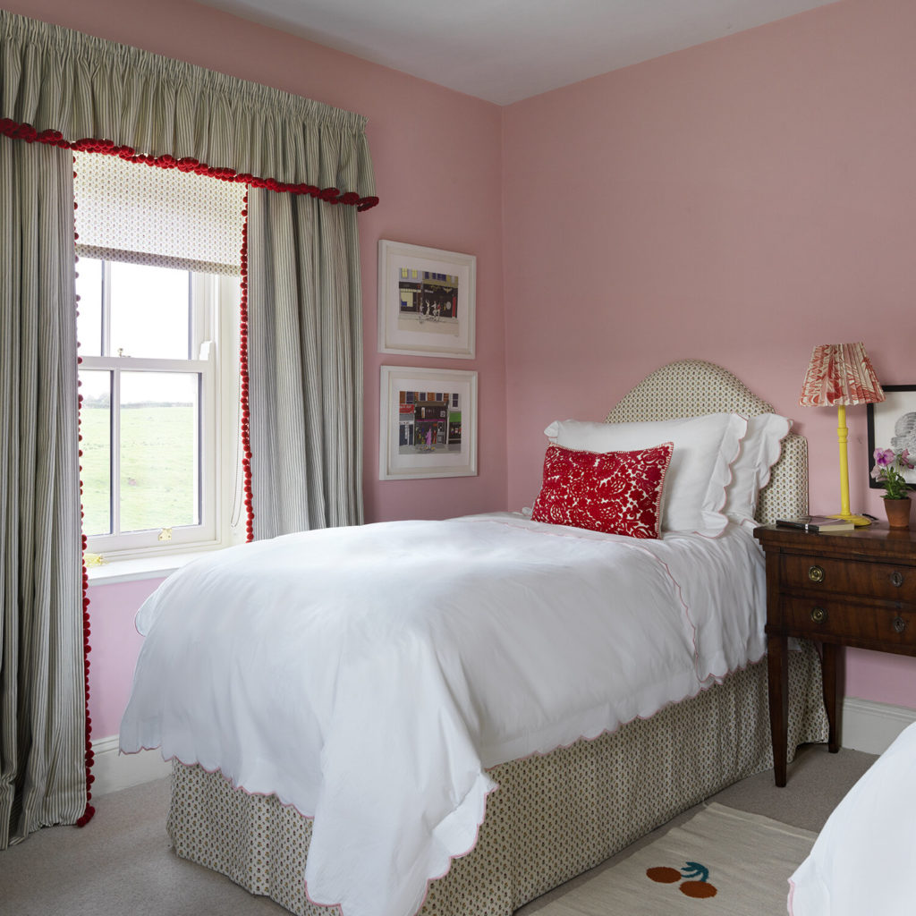 Pink bedroom in North Farm, Rita Konig's English country house