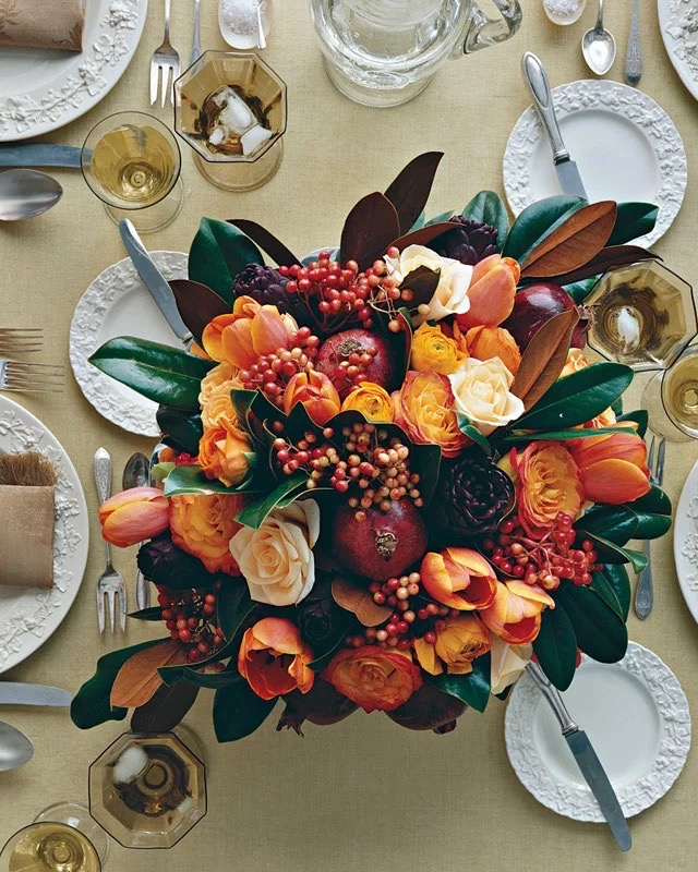 Thanksgiving table floral centerpiece by Martha Stewart