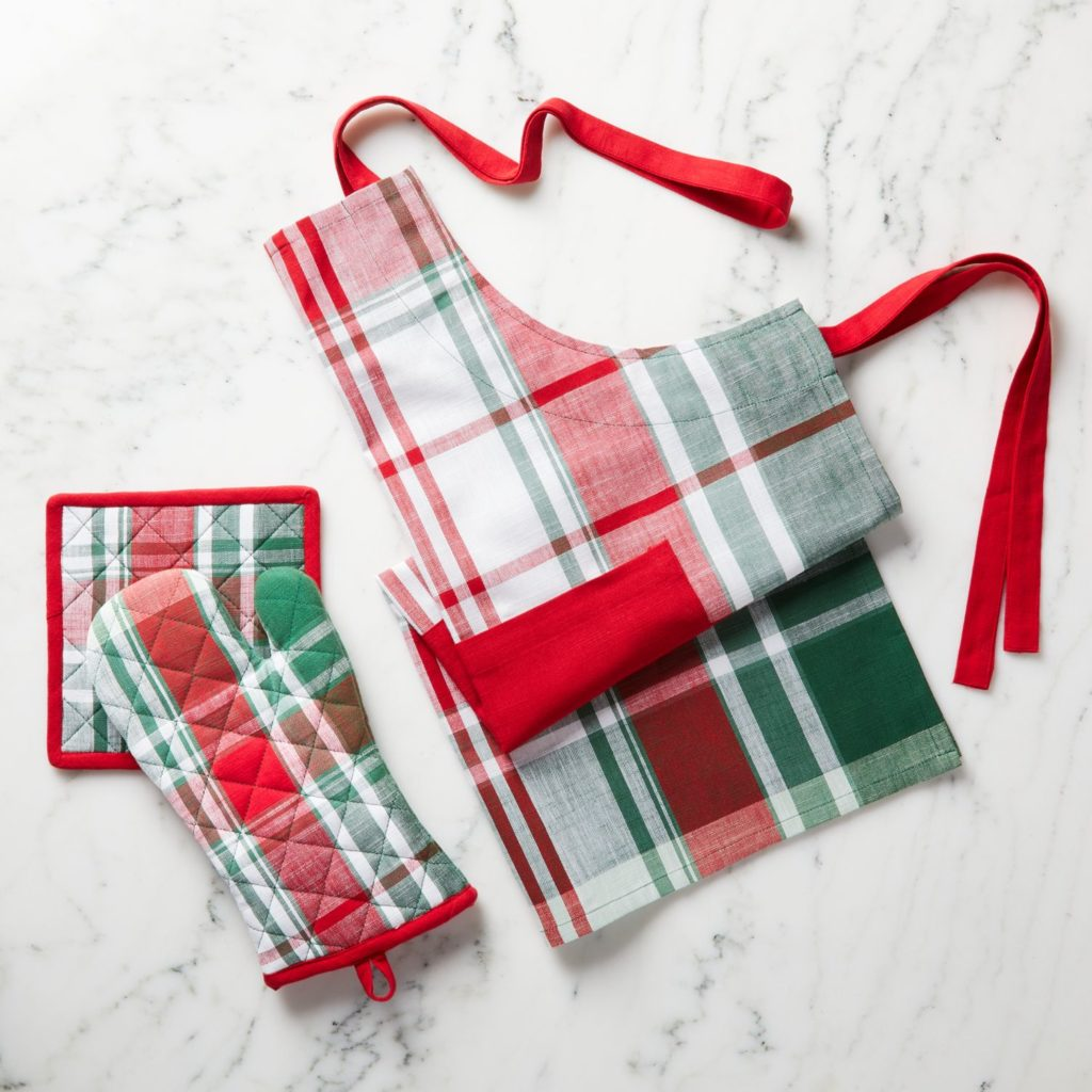 Red and Green Plaid Kitchen Textiles Apron