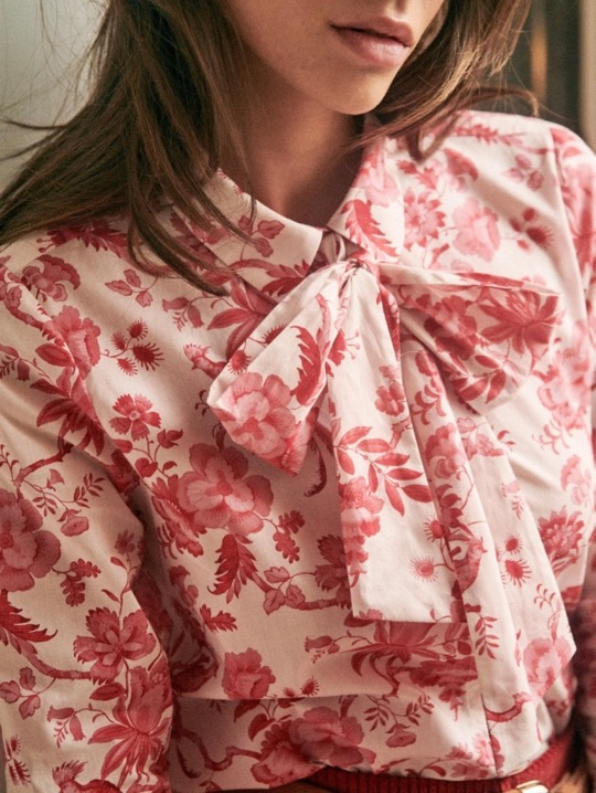 The Daily Hunt: Floral Bow Neck Blouse and More!