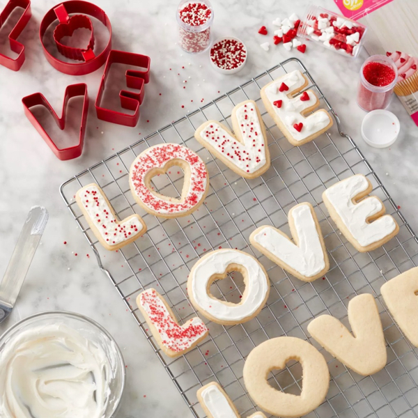 Metal Love Cookie Cutter Set