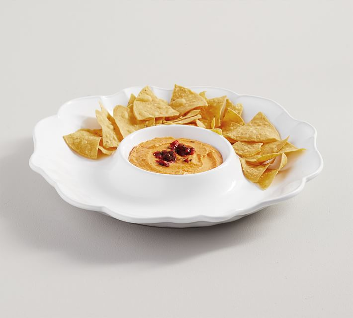 Scalloped Chip and Dip Server